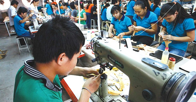 [Round-up] Vietnam Ministry Seeks Tax Cut for SMEs, GIC Wants 7% Stake in Vietcombank