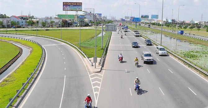 Vietnam Can Hardly Raise Funds for New Colossal Road Project: Ministry