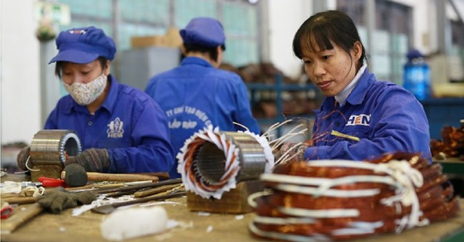 Vietnam's November Manufacturing Soars on Strong Demand