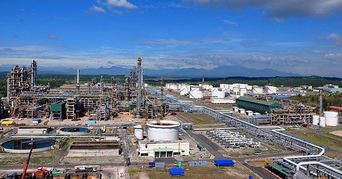 Spate of Foreign Oil Giants Eye Stake in Vietnam's Sole Refinery: Exec