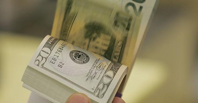 Đồng USD tăng giá sau tiết lộ của Financial Times về ông Trump