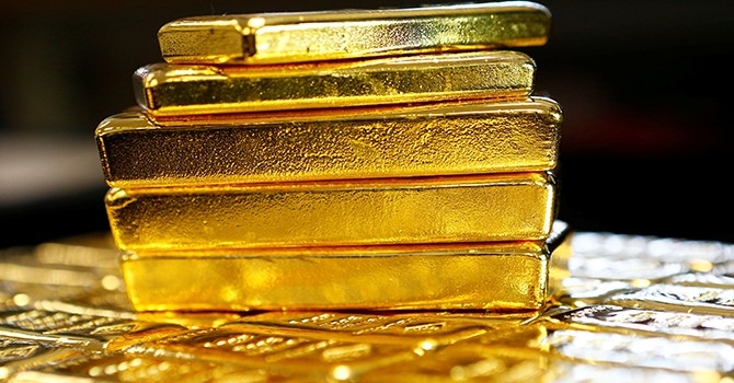 Lập trường cứng rắn của Fed đẩy giá vàng giảm