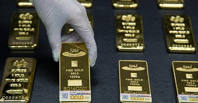 """""""Sóng gió"""" chính trường Mỹ đẩy giá vàng tăng liền 2 phiên"""