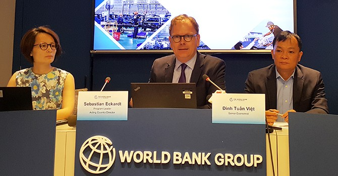 World Bank Warns Vietnam of Rapid Credit Growth