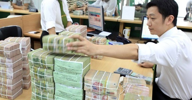 Vietnam's Bad Debt Ratio Swells 21.5% in Jan-Jun: Financial Watchdog