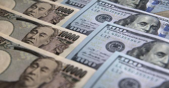 """Tài sản """"tránh bão"""" lên ngôi, đồng USD mất giá"""