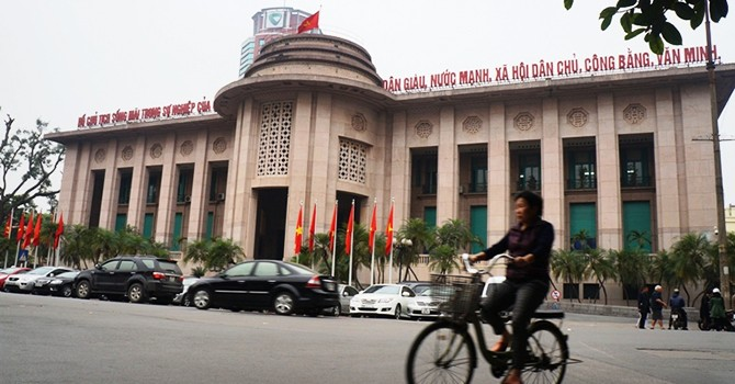 Fitch Warns Vietnam of New Wave of Defaults Triggered by Rapid Credit Growth