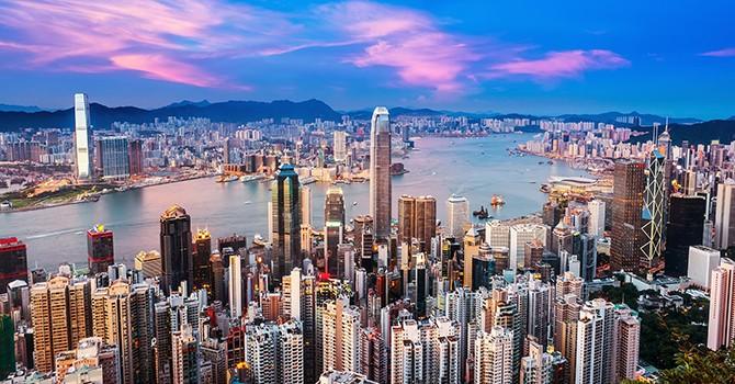 Sau Trung Quốc, đến lượt Hồng Kông bị S&P đánh tụt tín nhiệm