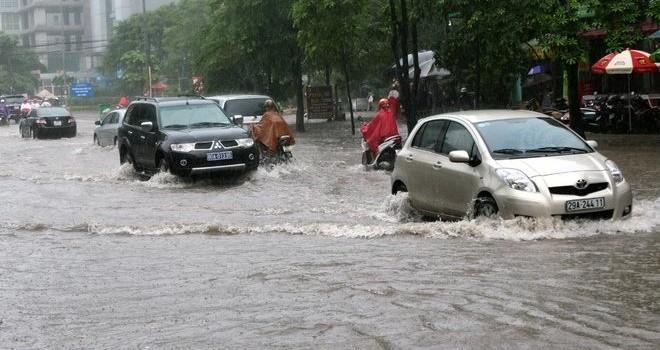 Bắc Bộ mưa lũ diện rộng, cảnh báo ngập lụt ở các đô thị lớn