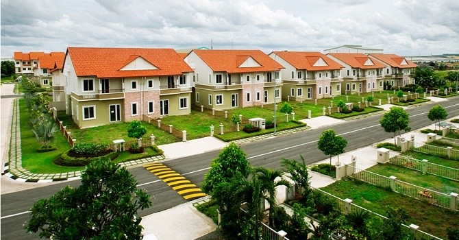 """2 luật mới vẫn """"làm khó"""" các nhà đầu tư bất động sản ngoại"""