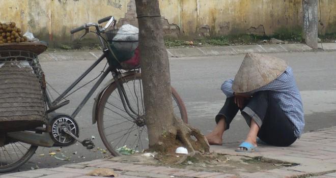 Kinh tế tuần qua: Người Việt tiết kiệm nhất thế giới!