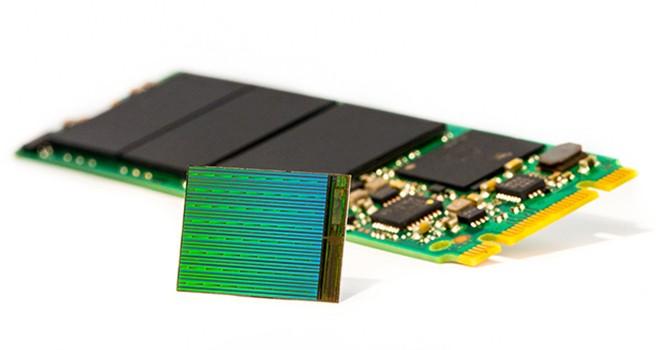 """Ổ SSD công nghệ 3D NAND dung lượng cực lớn, giá thành """"chát chúa"""""""