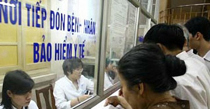 Người bệnh có thẻ BHYT hưởng lợi từ việc điều chỉnh giá dịch vụ y tế
