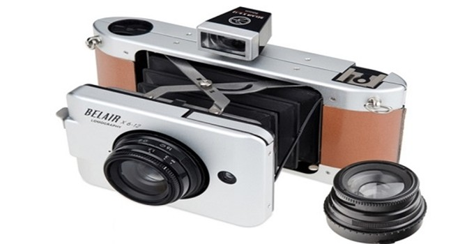Xuất hiện máy ảnh tự sạc pin sau mỗi lần chụp