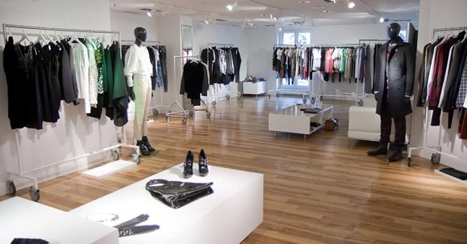 Thị trường thời trang cao cấp khởi sắc đầu năm