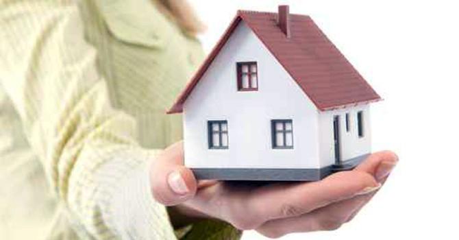 """Có nên mua nhà trước 1/7 để """"né"""" phí bảo lãnh?"""