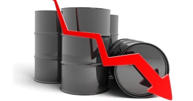 Dầu ngã nhào hơn 3% và rớt mốc 60 USD/thùng