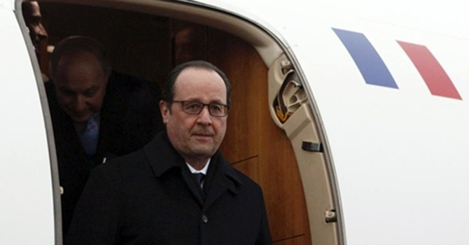 Tổng thống Pháp thực hiện chuyến thăm lịch sử tới Cuba
