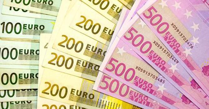 Khu vực Eurozone: Tồn tại hay không tồn tại?
