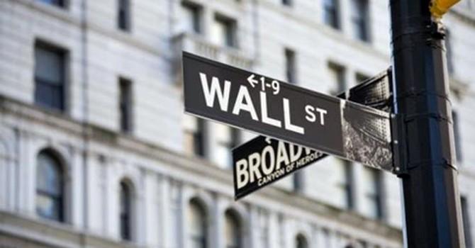 Chứng khoán 24h: Chọn nơi đặt Sở Giao dịch, hay chính sách phát triển thị trường?