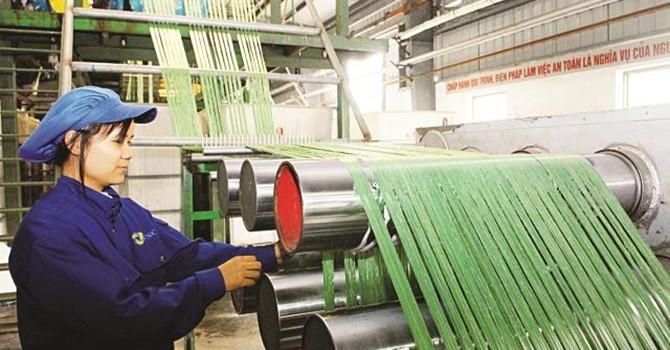 FDI đổ vào dệt, nhuộm- nơm nớp nỗi lo ô nhiễm