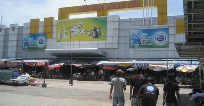 Hàng nhập lậu Thái Lan tràn ngập chợ Hà Tiên