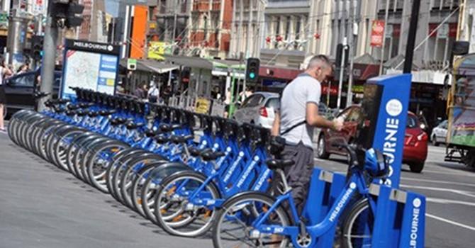 Giá mà Việt Nam có làn đường dành riêng cho xe đạp!