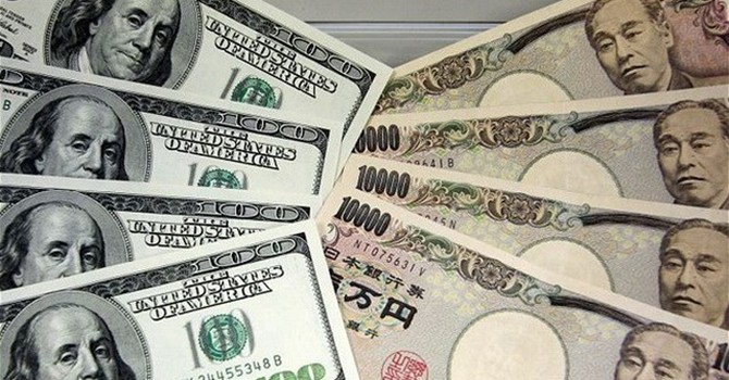 Đồng yen Nhật hạ xuống mức thấp kỷ lục so với đồng USD