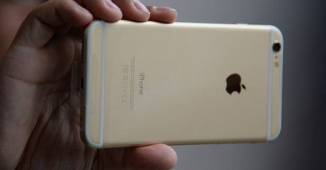 """Chìa khóa thành công của Apple: Làm """"người thứ 2"""""""