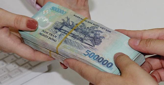 Lương hơn 14 triệu, bộ trưởng sống bằng gì?