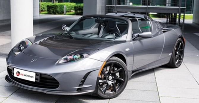 10 mẫu xe hơi điện nhanh nhất thế giới