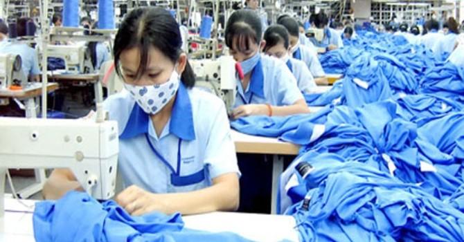 """Quy định làm thêm giờ của Việt Nam đang """"lệch pha"""" thế giới?"""