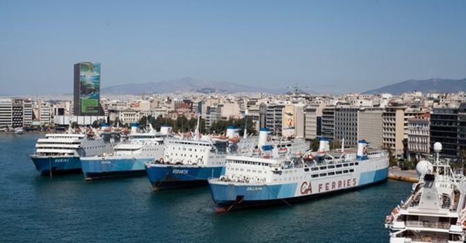"""Các tỷ phú Hy Lạp chuyển hạm tàu sang Cyprus để tránh """"nhòm ngó"""""""