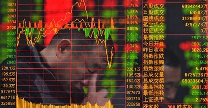 """""""Sóng thần"""" chứng khoán Trung Quốc qua các con số"""