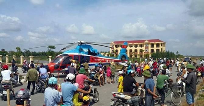 Máy bay EC-155 chở 11 người hạ cánh khẩn cấp tại Thái Bình