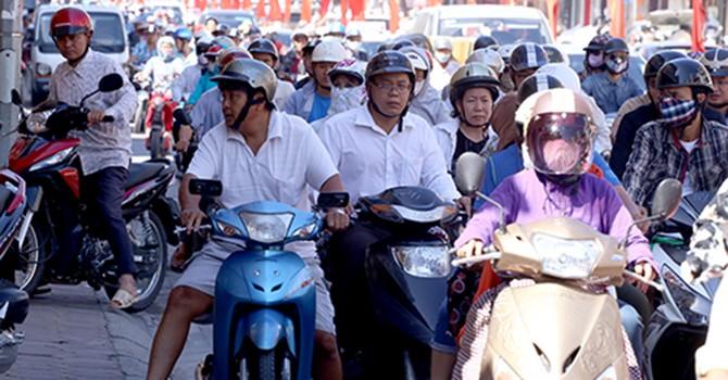 Bộ Giao thông đề xuất dừng thu phí bảo trì đường bộ với xe máy