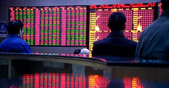 Trung Quốc bơm 483 tỷ USD cứu thị trường chứng khoán