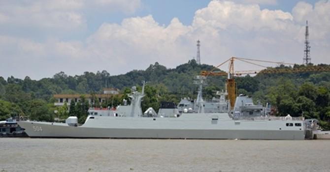 Trung Quốc triển khai tàu hộ vệ tên lửa ra Biển Đông
