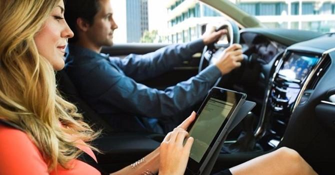 Xe hơi thông minh ngày càng có nguy cơ bị tin tặc tấn công