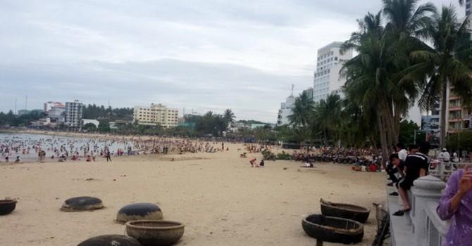 Hủy việc xây khách sạn tại Hòn Chồng - Nha Trang