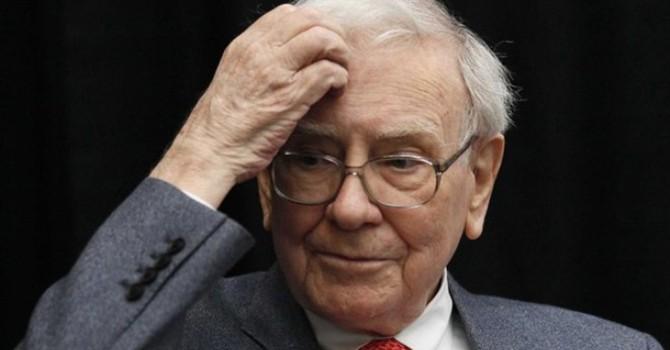Bạn thua lỗ vì chứng khoán phái sinh, đừng buồn bởi Buffett cũng thế