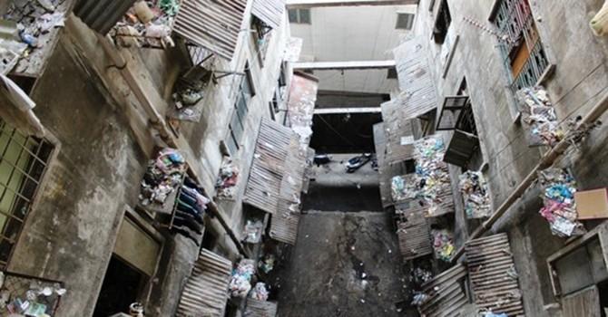 Nơm nớp sống ở chung cư chờ sập