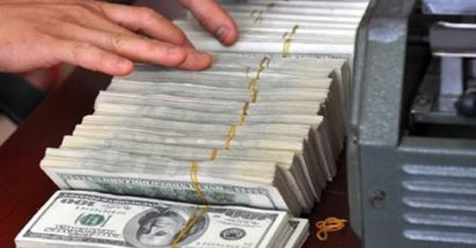 Thanh khoản ngoại tệ đang dư thừa