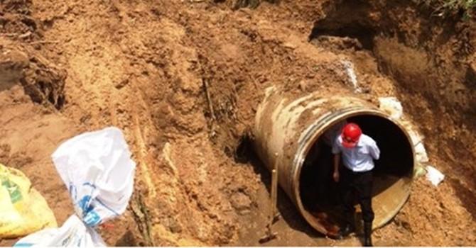 Cơ chế đặc thù và 864 tỷ đồng  cho đường ống nước khẩn cấp