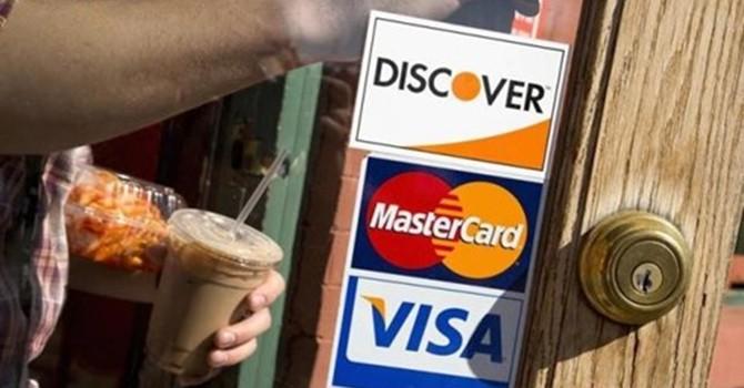 Các giao dịch thanh toán thẻ trên thế giới bất ngờ tăng mạnh