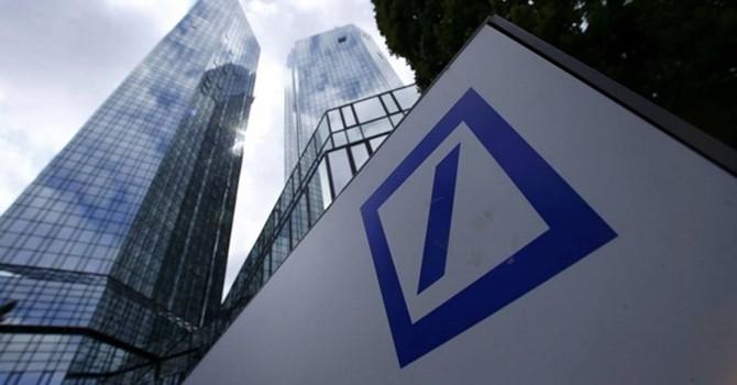 Đức: Deutsche Bank thua lỗ 4,8 tỷ euro kể từ đầu năm 2015
