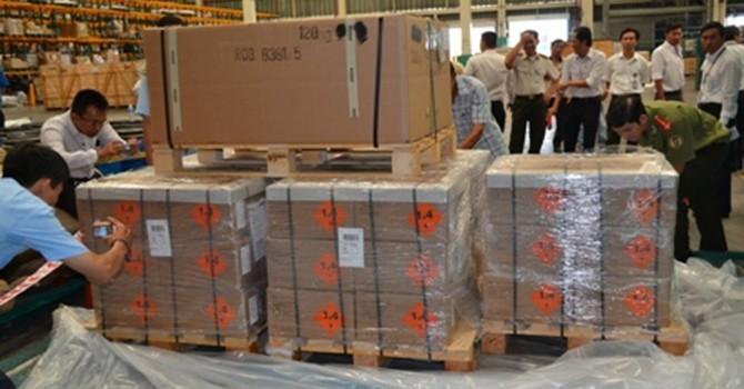 144.000 viên đạn nhập khẩu trái phép qua sân bay Tân Sơn Nhất xử lý thế nào?