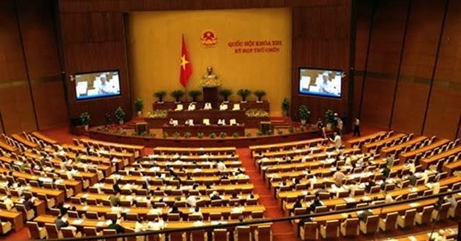 """Quốc hội khai mạc kỳ họp 10: """"Cân đong"""" tài chính 5 năm tới"""