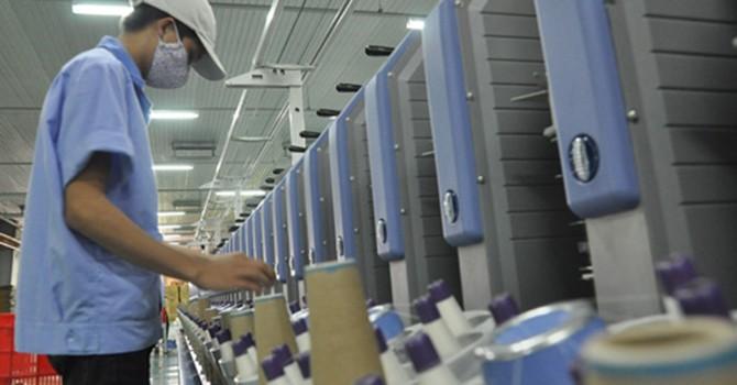 Vì lương thấp nên năng suất lao động Việt Nam thấp?
