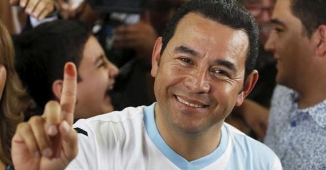 Chuyện thật như đùa ở Guatemala: Diễn viên hài lên làm tổng thống